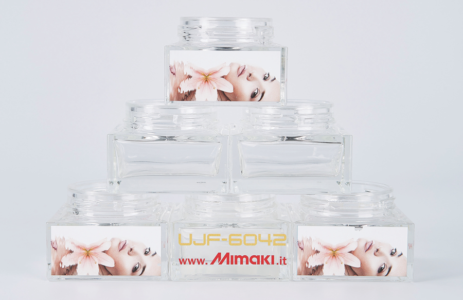 mimaki-glass-printing7